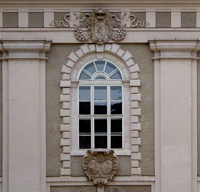 Austrian Style Architecture Demo: Windows and Doors ¢ñ