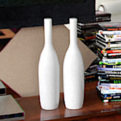 Pure white vase adornment 3D models