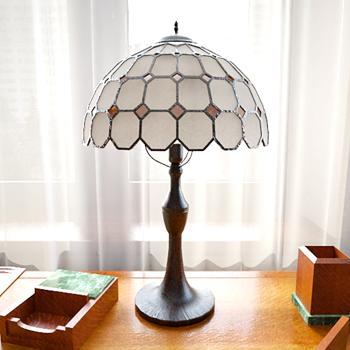 Modern fashion table lamp 3D model
