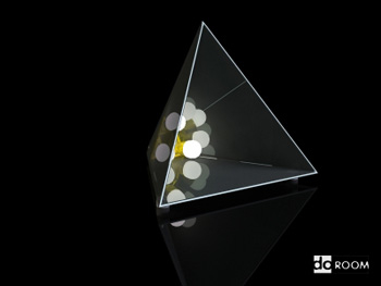 Lighting model: triangular plastic arts table lamp