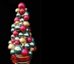 A variety of colors consisting of small balls Christmas tree Model